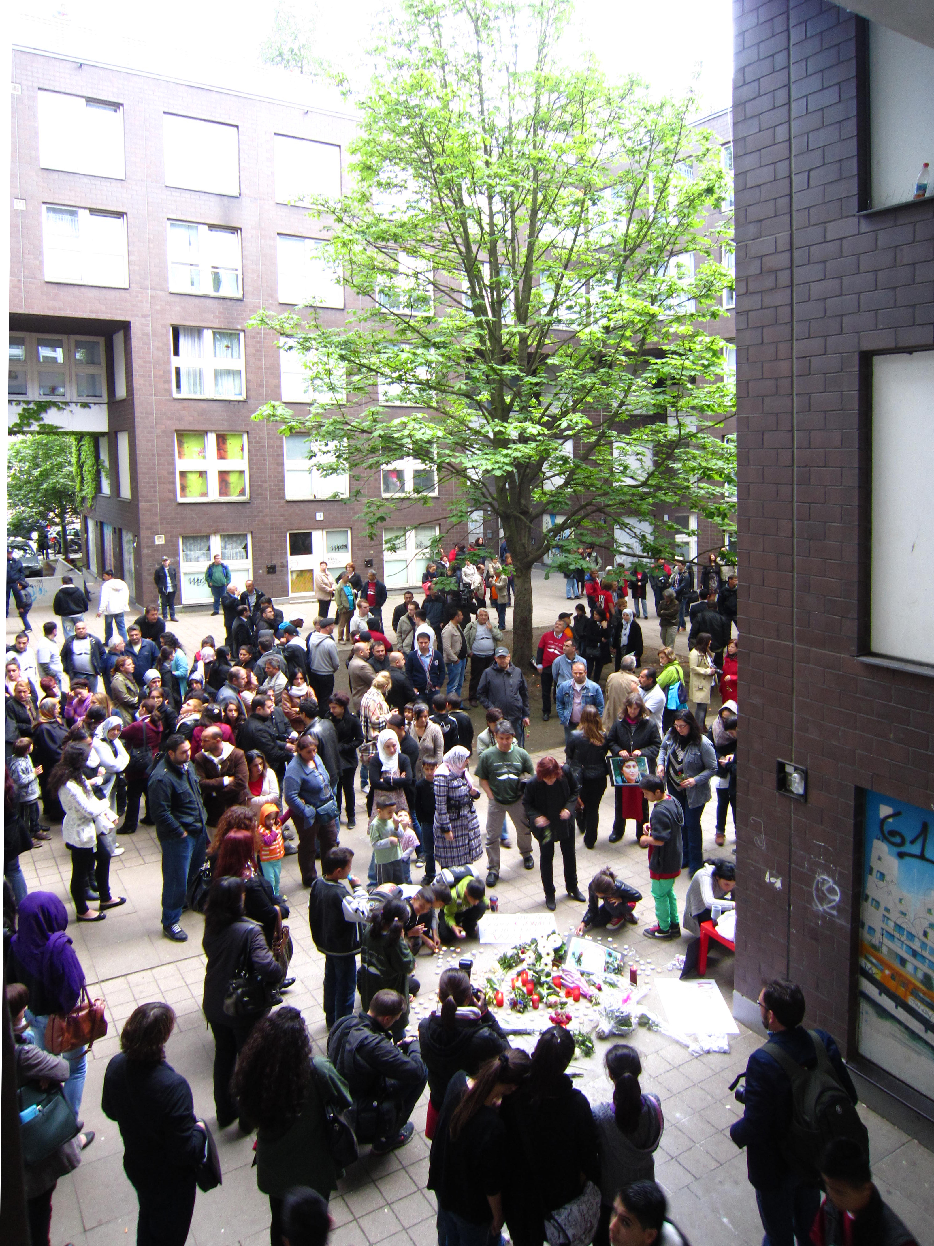 Esra Akcan, photograph of the memorial at Köthener Str. 35–37, Berlin-Kreuzberg, June 5, 2012.