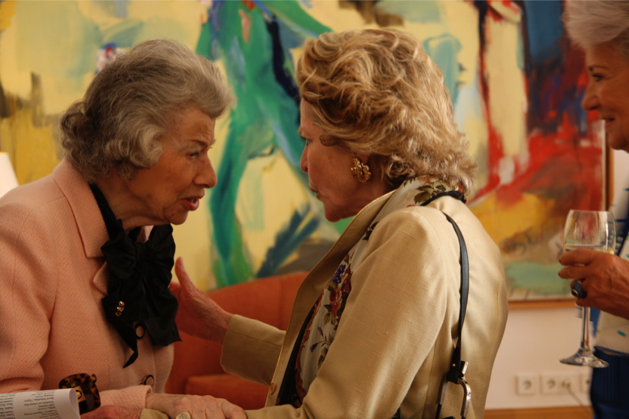 Anna-Maria Kellen and Mary Ellen von Schacky-Schultz at the American Academy, 2009 (Photo: Annette Hornischer)