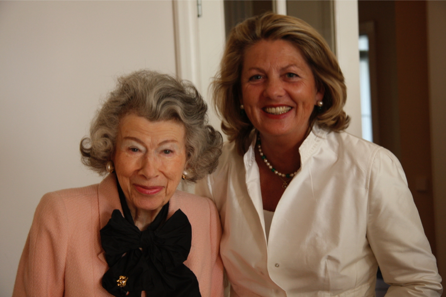 Anna-Maria Kellen and Gisela von der Planitz at the American Academy, 2009 (Photo: Annette Hornischer)