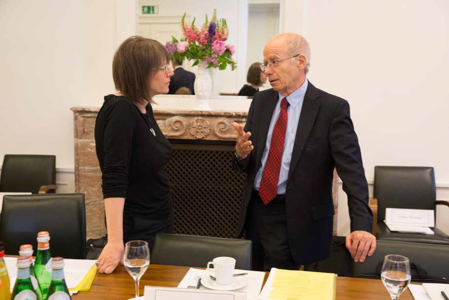 Renate Samson, chief executive of Big Brother Watch, speaks with Stephen D. Krasner, professor of international relations at Stanford University. (Photo: Annette Hornischer)