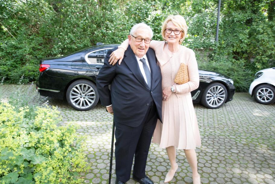 Henry A. Kissinger and Academy chairman Gahl Hodges Burt. Photo: Annette Hornischer