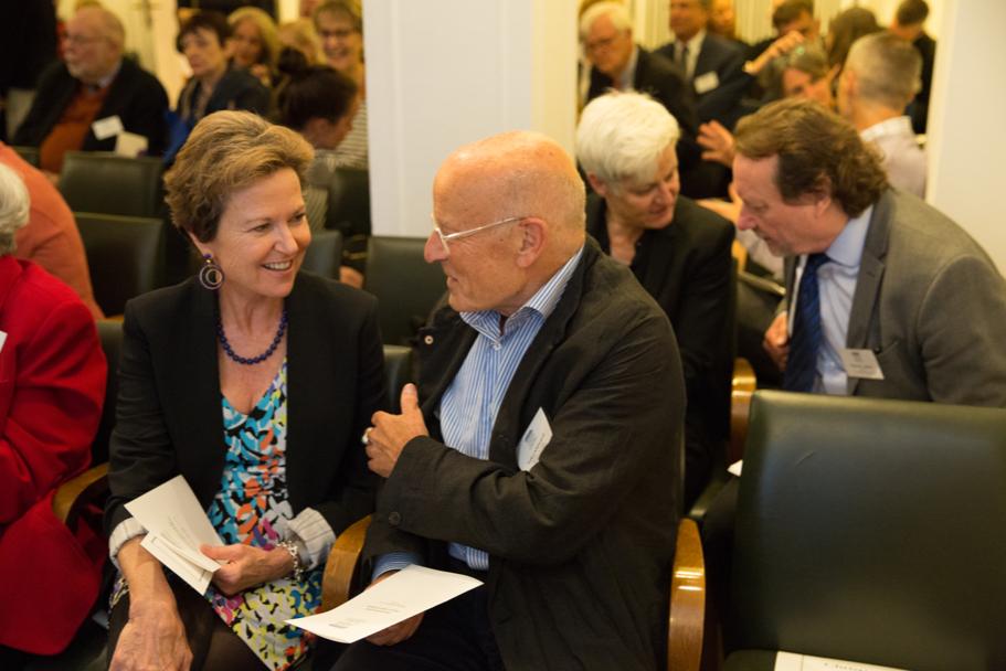 Writer-in-Residence and trustee Kati Marton speaks with trustee Volker Schlöndorff. Photo: Annette Hornischer