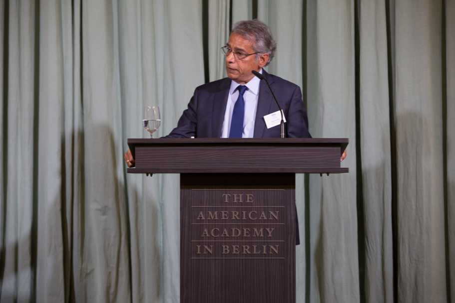 Professor of Rhetoric and Public Culture Dilip Gaonkar, the fall 2017 Bosch Fellow in Public Policy. Photo: Annette Hornischer