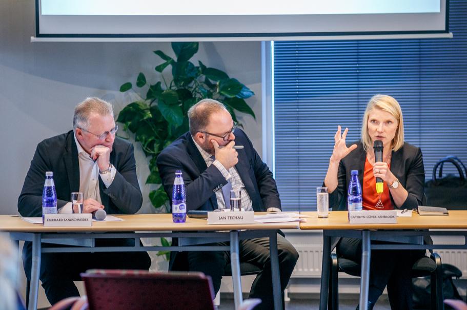 Eberhard Sandschneider, Freie Universität Berlin; Jan Techau, Richard C. Holbrooke Forum; Cathryn Clüver Ashbrook, Harvard Kennedy School. Photo: Andres Teiss