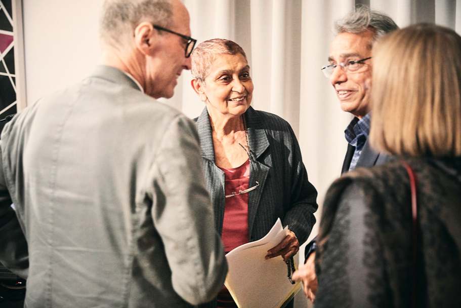Gayatri Spivak speaks with Michael Steinberg, president of the American Academy in Berlin, Academy fellow Dilip Gaonkar, and Sally Ewing, of Northwestern University. Photo: Ralph K. Penno