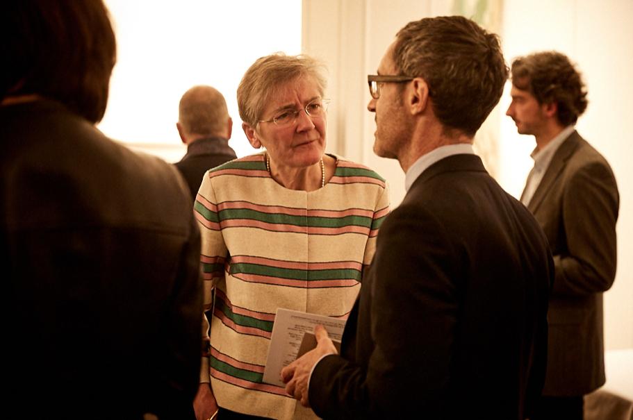 Judy Dempsey of Carnegie Europe speaks with Noah Barkin of Reuters. Photo: Ralph K. Penno