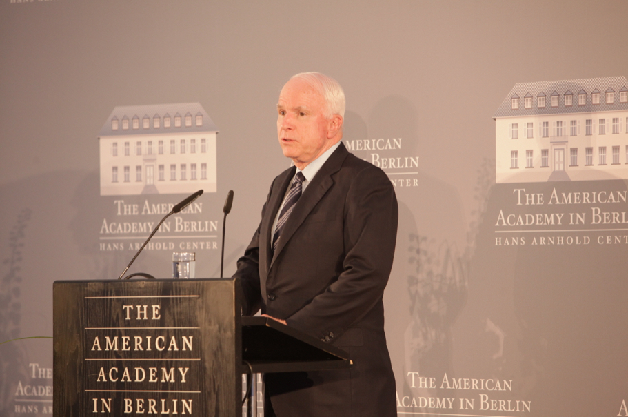Senator John McCain delivers a laudation for Ewald-Heinrich von Kleist at the 2013 Henry A. Kissinger Prize. Photo: Annette Hornischer