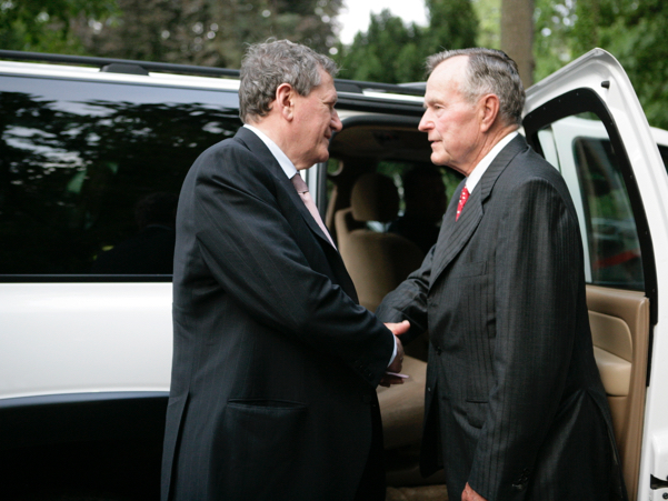 Academy founder Richard C. Holbrooke and forty-first US president, George H.W. Bush. Photo: Annette Hornischer
