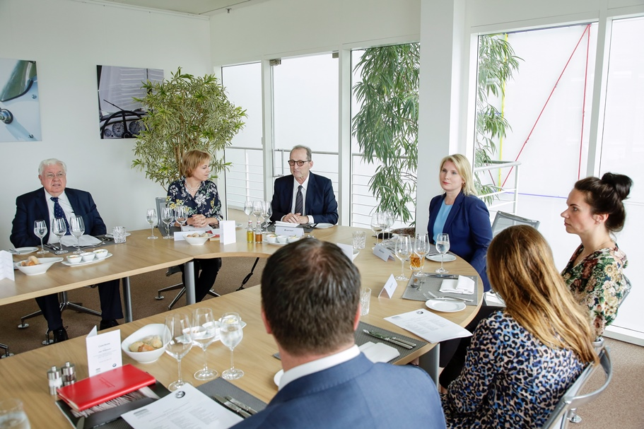 Group discussion with Amy Wilkinson at BMW's Berlin Representative Office. Photo: BMW