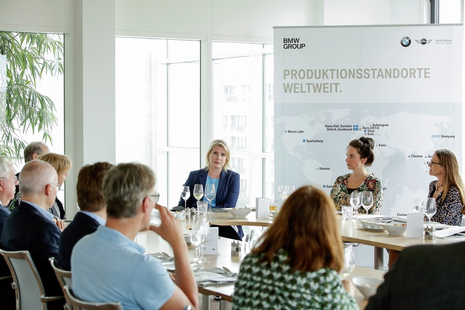 Group discussion at BMW's Representative Office with Amy Wilkinson, author of The Creator's Code. Photo: BMW