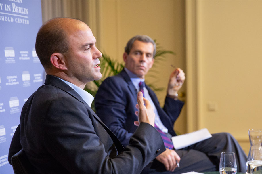 Ben Rhodes Speaks With Terry McCarthy. Photo: Annette Hornischer